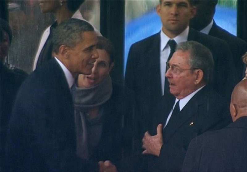 Cuban Envoy: Obama-Castro Greeting Ushers No Change in Ties