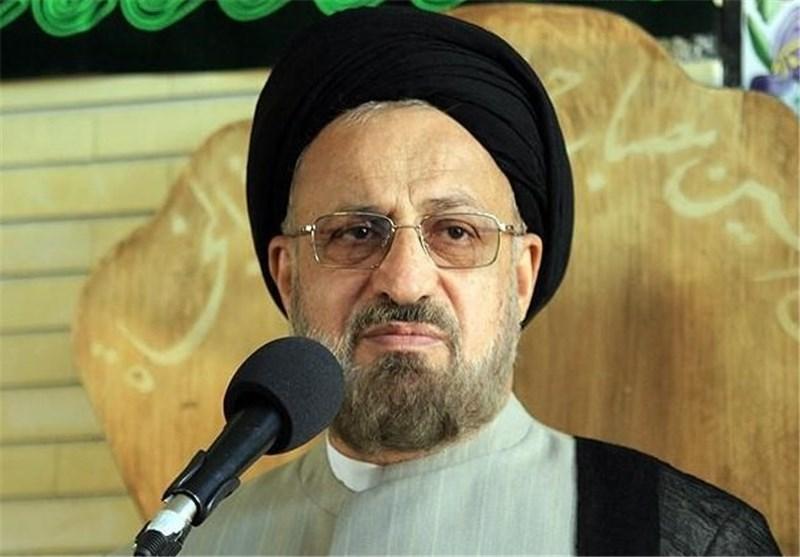 """""""سپاه"""" قدرت پرتوان و بازوی ملت و نظام اسلامی است"""