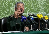 Commander Stresses IRGC's Close Watch on Modern Terrorism