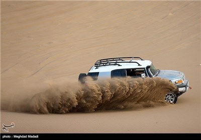 Off-Road Racing in Iran's Desert Areas