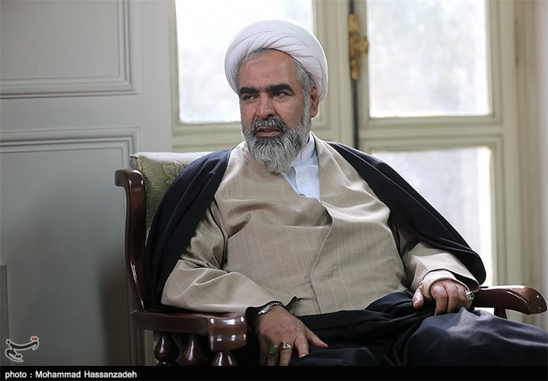 اولین فردی که رهبر معظم انقلاب عفو کردند مخالف خود ایشان بود