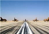 Main Phase of Iran's Aerial Drills Kicks off over Persian Gulf
