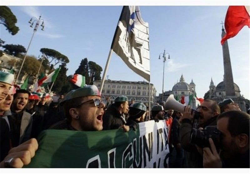 Italy's Protesters Demand Government's Resignation