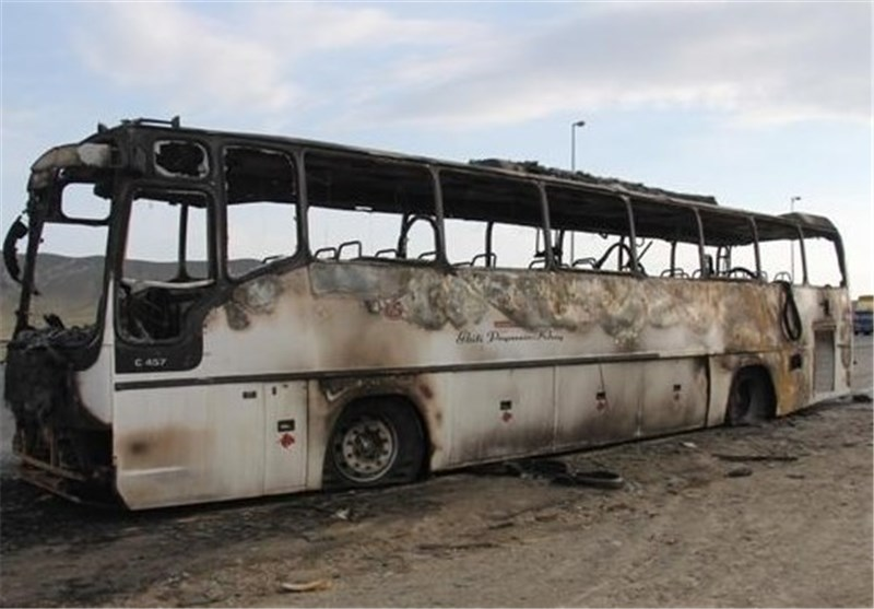 حضور بهموقع هلال احمر جان مسافران اتوبوس در سلماس را نجات داد
