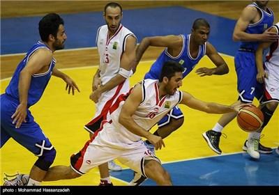 دیدار تیم های نیروی زمینی و استقلال قشم از مسابقات هفته یازدهم لیگ برتر بسکتبال