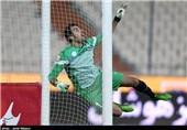 اصفهان| هواداران ذوبآهن در سکوت؛ کارت زرد به دروازهبان نیمکتنشین