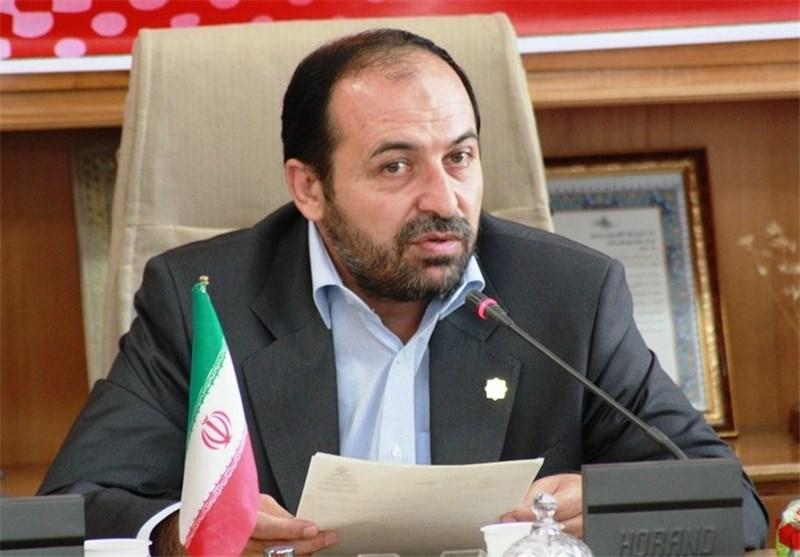 انتقاد نماینده مردم سمنان از رفتار هیئت رئیسه مجلس