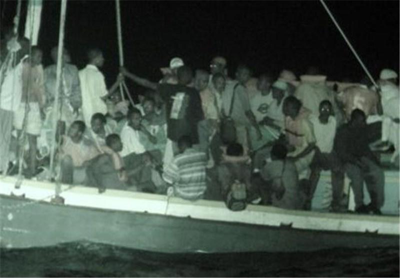 نیروی دریایی ایتالیا 233 مهاجر را در جنوب سیسیل نجات داد