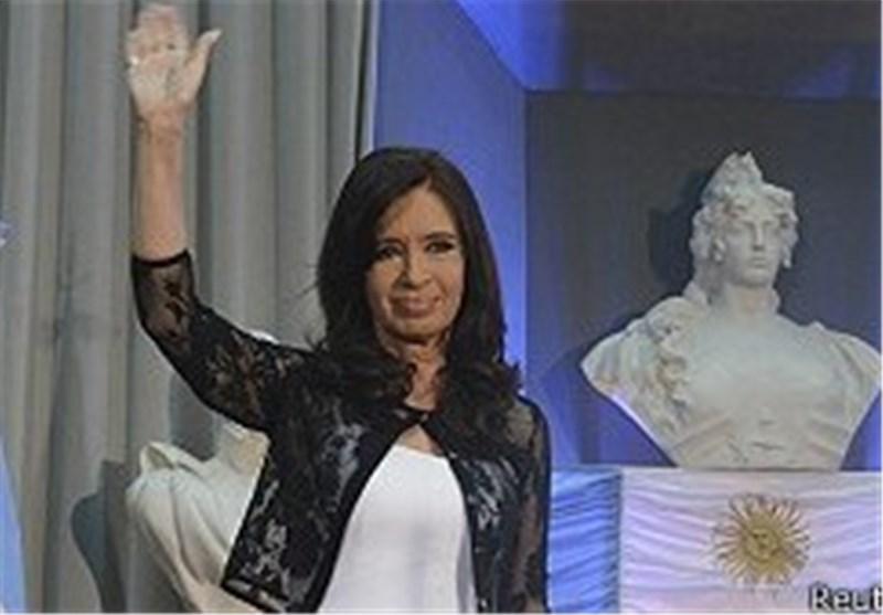 بازگشت فرناندز به کاخ ریاست جمهوری