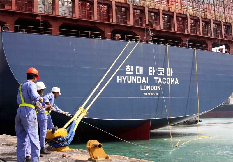کشتی کانتینری در بندرعباس غرق شد