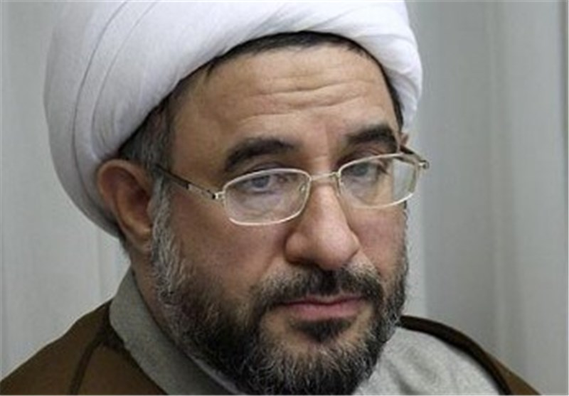 Iranian Cleric Underlines Need for Proximity among Islamic Sects