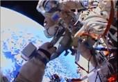پخش زنده راهپیمایی هیجانانگیز فضانوردان در ایستگاه بینالمللی+ عکس