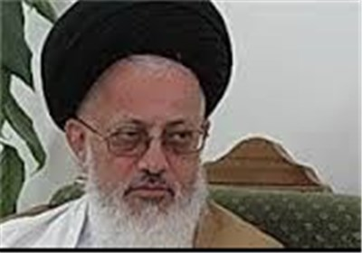 جمهوری اسلامی ایران جلوی فتنه غرب ایستاده است