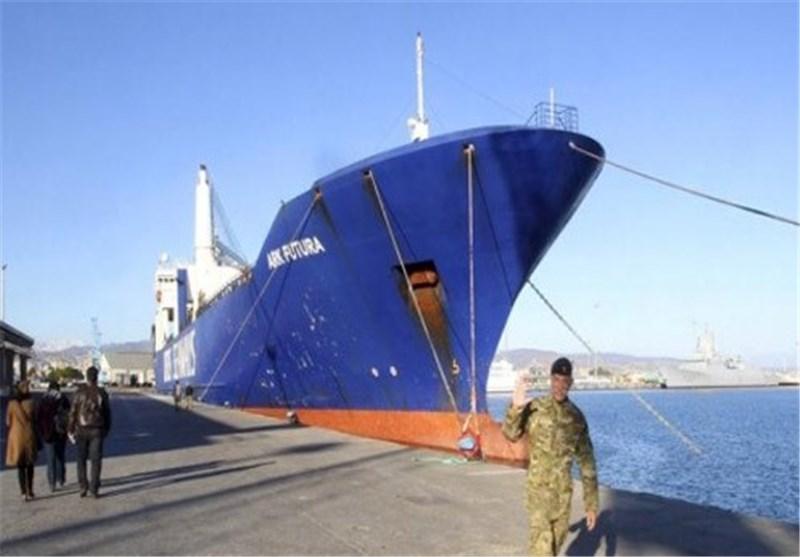 سفینتا نقل الکیمیائی السوری تعودان إلى قبرص