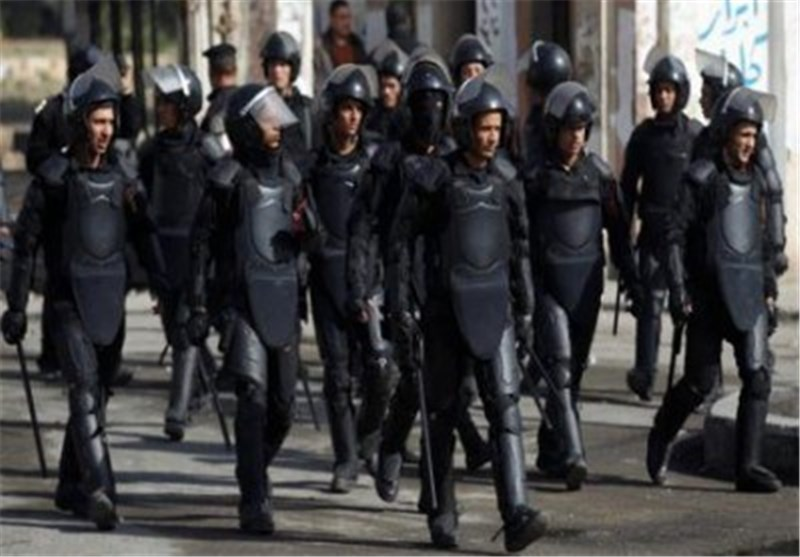 Egyptian Police Fire Tear Gas at Protesters near Defense Ministry