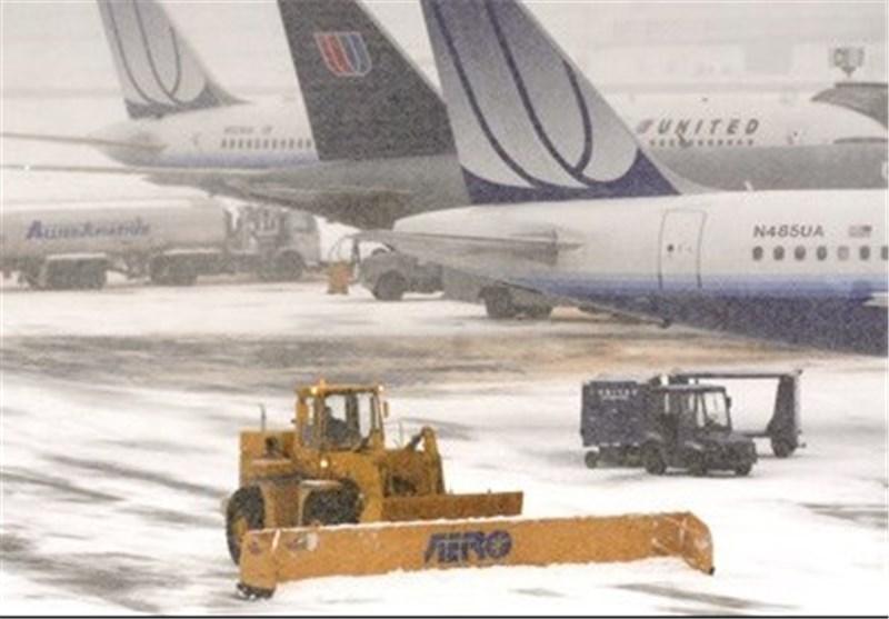 بارش سنگین برف 1800 پرواز مسافری را در آمریکا لغو کرد