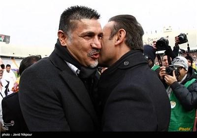 علی دایی سرمربی تیم فوتبال پرسپولیس و یحیی گل محمدی سرمربی تیم فوتبال نفت