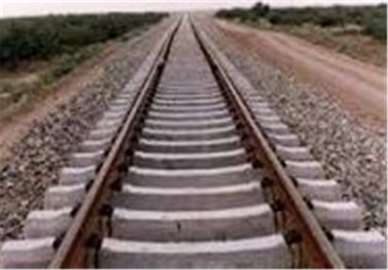 آغاز عملیات اجرایی راهآهن الیگودرز - اصفهان در دهه فجر