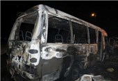 6 کارگر بهابادی در آتش مینی بوس سوختند