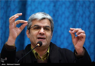 سخنرانی علی علائی در نشست خبری هفتمین جشن منتقدان سینما