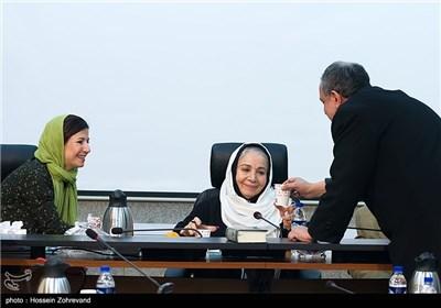 احمد مسجد جامعی رئیس شورای شهر تهران ، شمسی فضل الهی و لیلی رشیدی بازیگر