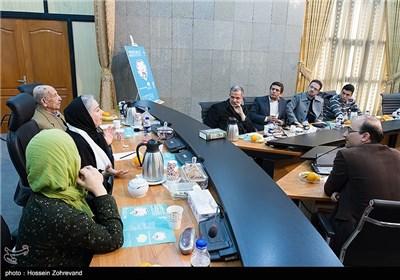 دیدار تعدادی از هنرمندان ( مرتضی احمدی ، شمسی فضل الهی و لیلی رشیدی ) با رئیس شورای شهر تهران