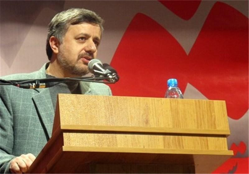 تجلیل از محمدکاظم کاظمی و تاثیر او در ارتقای جایگاه زبان فارسی