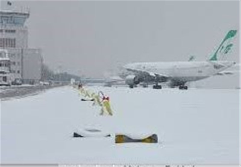 پروازهای ورودی و خروجی فرودگاه کرمان کنسل شد