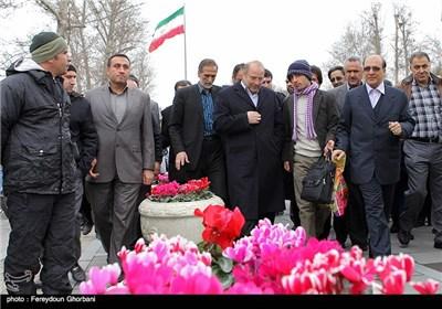 محمدباقر قالیباف شهردار تهران هنگام ورود به مراسم افتتاح زیرگذر عابر پیاده چهارراه ولیعصر(عج)