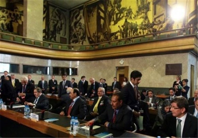 Official Renews Iran's Objection to Preconditions for Syria Conference