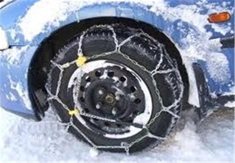 اردبیل| تردد در محورهای کوهستانی تنها با زنجیر چرخ امکانپذیر است