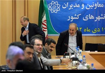 محمدباقر قالیباف شهردار تهران هنگام خروج از سیزدهمین همایش معاونین و مدیران برنامه ریزی کلانشهرهای کشور