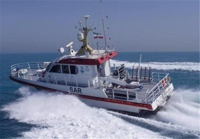 نجات 9 دریانورد در خلیج فارس از مرگ حتمی