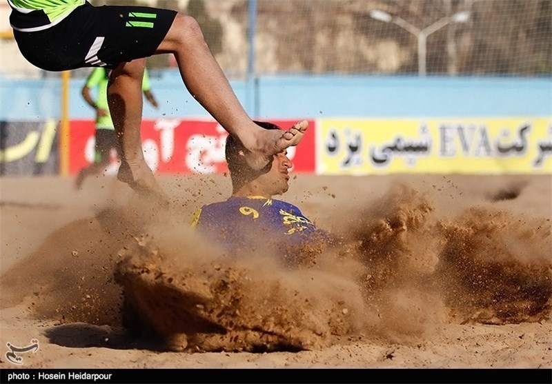 استادیوم فوتبال ساحلی سلمان یزد گسترش مییابد