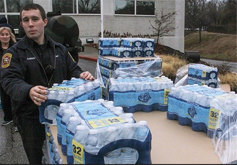 Hundreds Reported Sick amid Water Ban after W. Virginia Chemical Spill