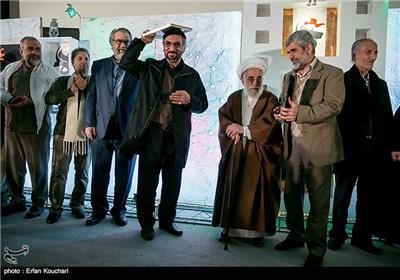 تقدیر از فرج الله سلحشور در مراسم اختتامیه چهارمین جشنواره فیلم عمار
