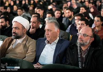 سعید قاسمی، احمد نجفی و حجت الاسلام حمید رسایی در مراسم اختتامیه چهارمین جشنواره فیلم عمار
