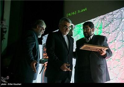 فواد ایزدی, علاء الدین بروجردی و نادر طالب زاده در اختتامیه چهارمین جشنواره فیلم عمار