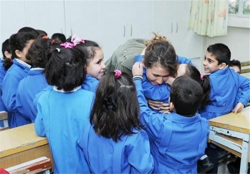 حضور سر زده همسر بشار اسد در مدرسه ای در دمشق