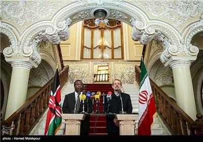 کنفرانس خبری مشترک اکوا ایتورو رئیس مجلس سنای کنیا و علی لاریجانی رئیس مجلس شورای اسلامی