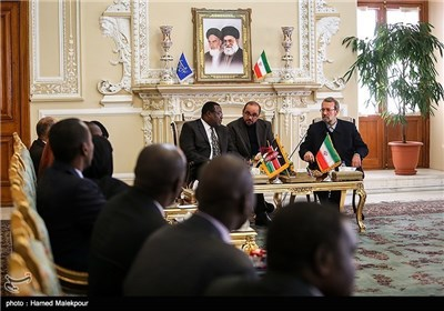 Photos: Iranian, Kenyan Speakers Urge Expansion of Tehran-Nairobi Ties