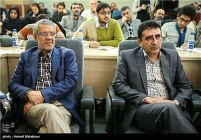 قادر آشنا مدیرکل سابق و حسین طاهری مدیرکل جدید مرکز هنرهای نمایشی وزارت ارشاد