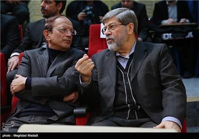 مرندی نماینده مجلس در مراسم یادبود مرحوم کازرونی