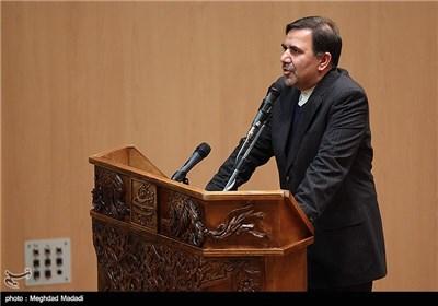 آخوندی وزیر مسکن، راه و شهرسازی در مراسم یادبود مرحوم کازرونی