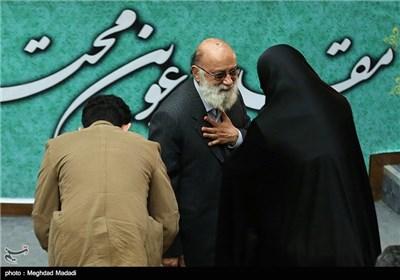 چمران عضوشورای شهر تهران در مراسم یادبود مرحوم کازرونی