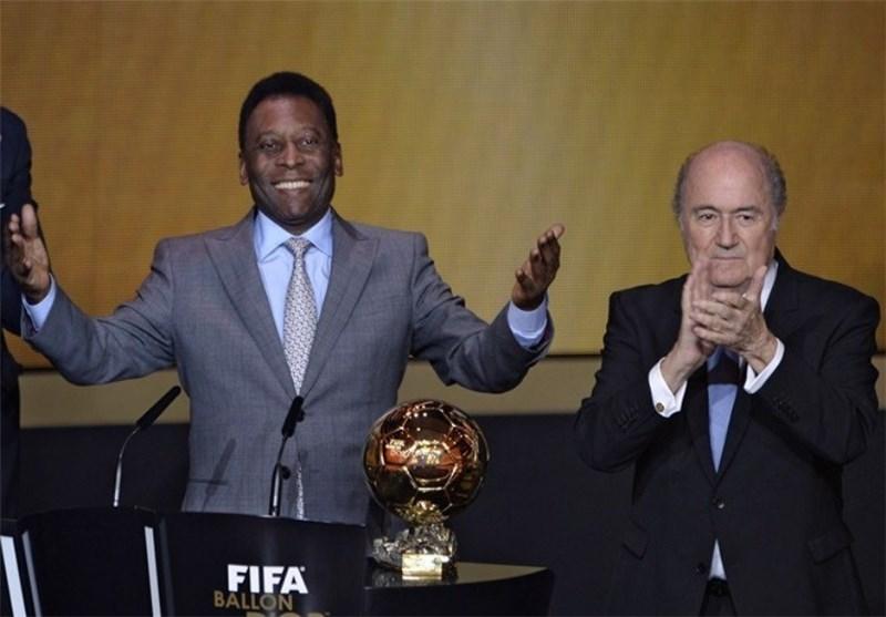 توپ طلای افتخاری فیفا به پله اهدا شد