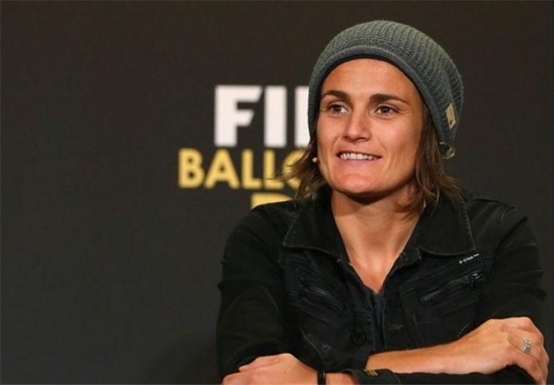 آنجرر: تصور نمیکردم برنده جایزه برترین فوتبالیست زن سال باشم