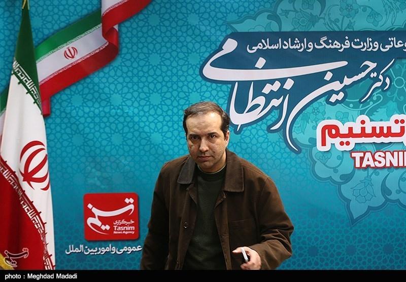حسین انتظامی معاون مطبوعاتی وزارت فرهنگ و ارشاد اسلامی در خبرگزاری تسنیم