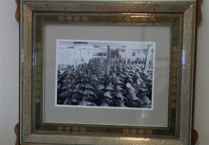 نصب آثار حجمی عکسهای ماندگار انقلاب و جنگ در تهران