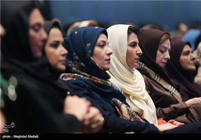 فاطمه گودرزی در اختتامیه سومین دوره جشنواره جام جم